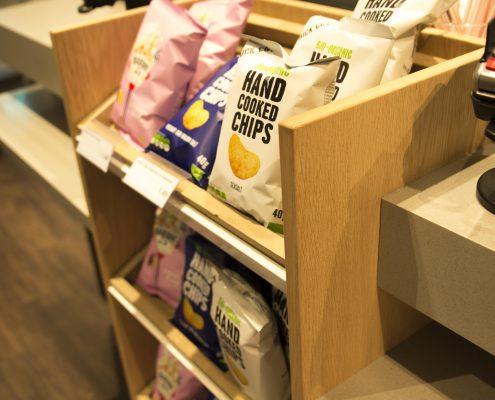 Houten Chips Display