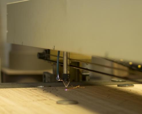 hout laseren